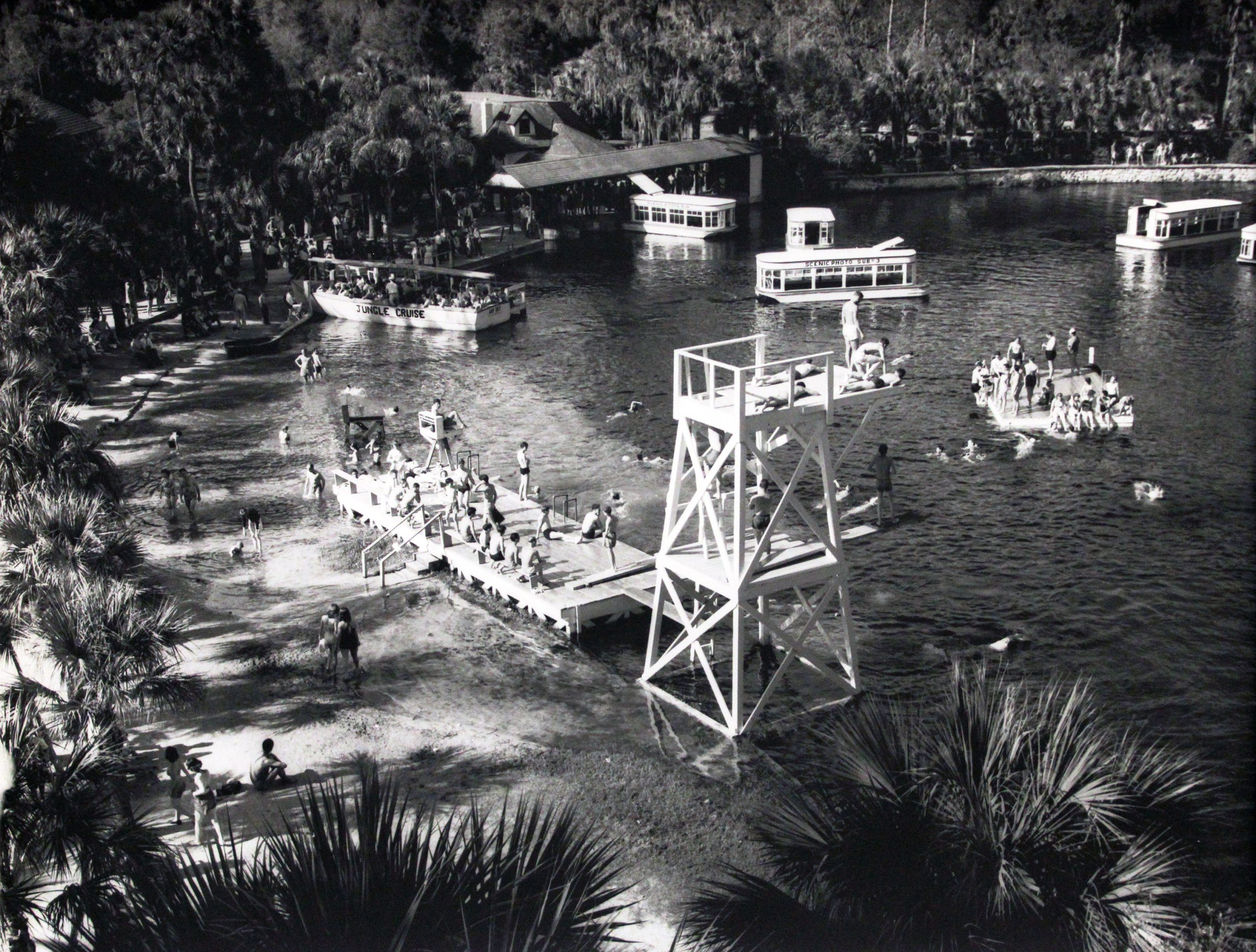 Mid-Century Tourism on the Silver River
